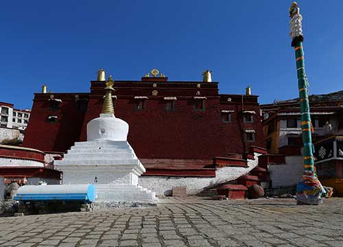 5 Days Lhasa Tour with Ganden Monastery